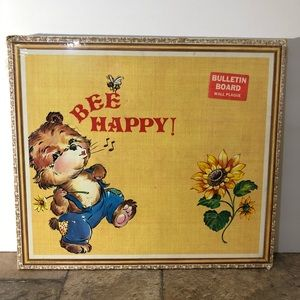 Vintage 60s/70s Bee Happy Bulletin Board USA